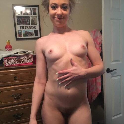 Vollschlanke Dame wartet im Sexchat