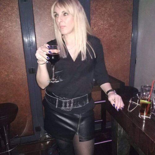 Dessous Liebhaberin sucht Sextreffen